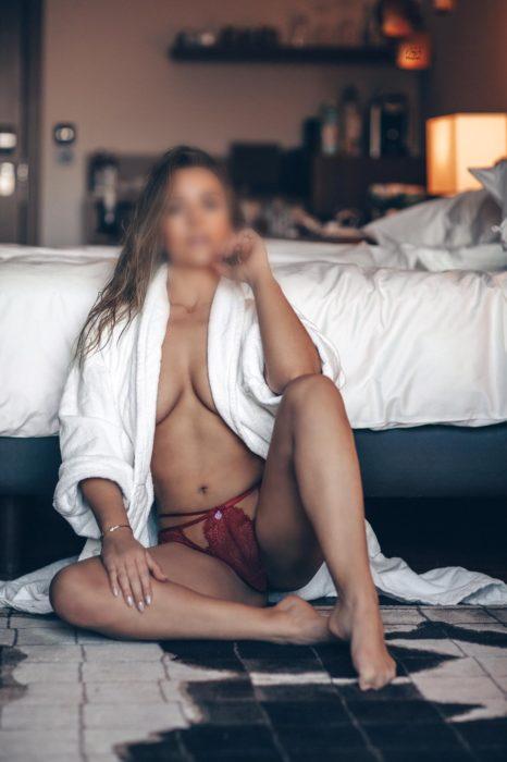 Lena - Karama Massage