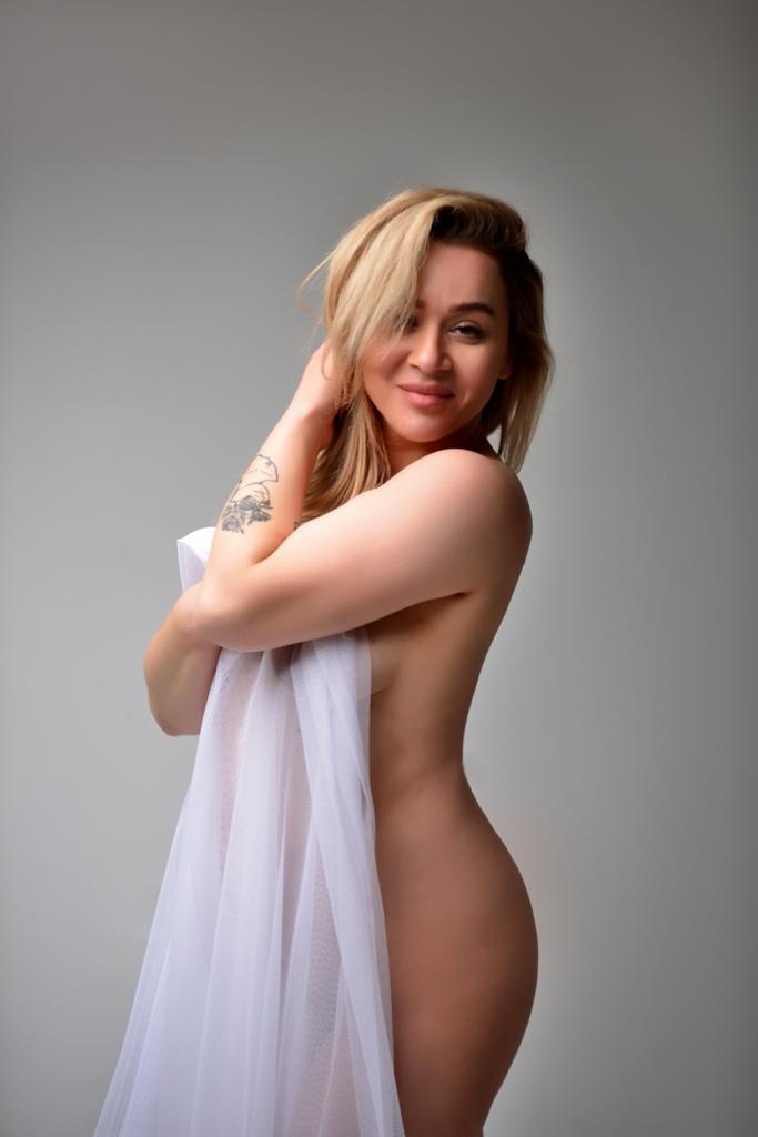 Lena bei Karma Massage in Hannover